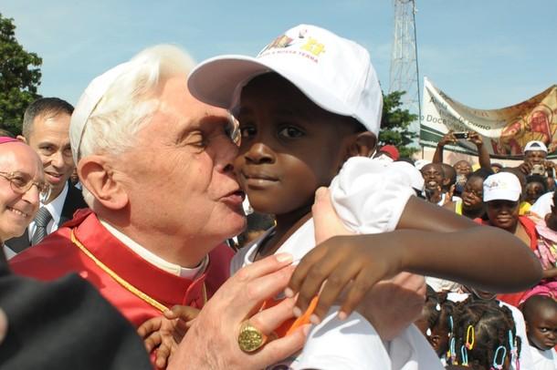 поездка Папы в Африку