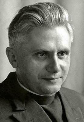 профессор Йозеф Ратцингер.